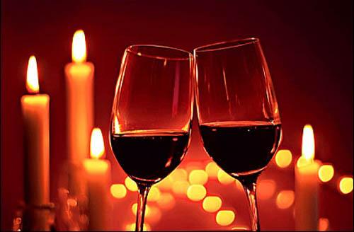 case za vino i svece